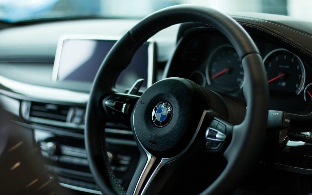 Reprogrammation voiture : Avantages de la mise à jour pour BMW